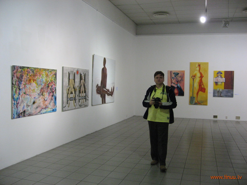 art, Estonia, man, museum, Pärnu, woman