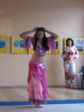 Open class in the exotic dance centre Alegria