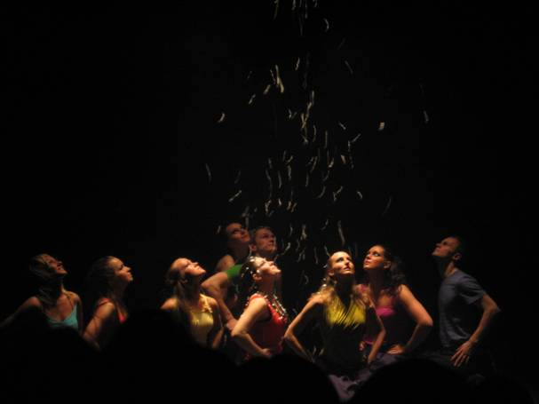 Modern jazz dance performance